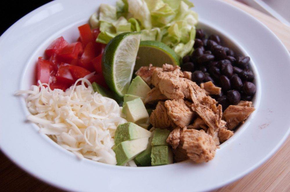 EASY CHICKEN BURRITO BOWLS